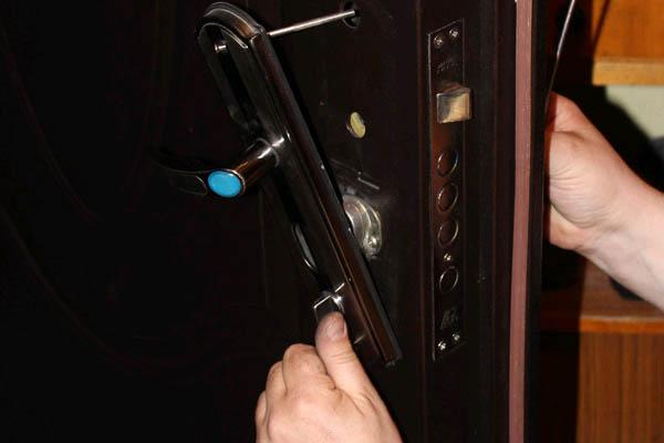 Заменить ключи замка