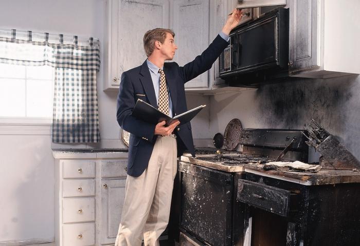 независимая экспертиза по оценки затопления квартиры