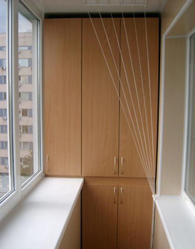 Шкаф для лоджии (балкона) встраиваемый 4 полки в ассортимент.