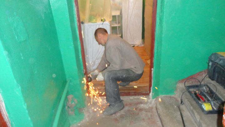 демонтаж и установка металлической двери сколько стоит