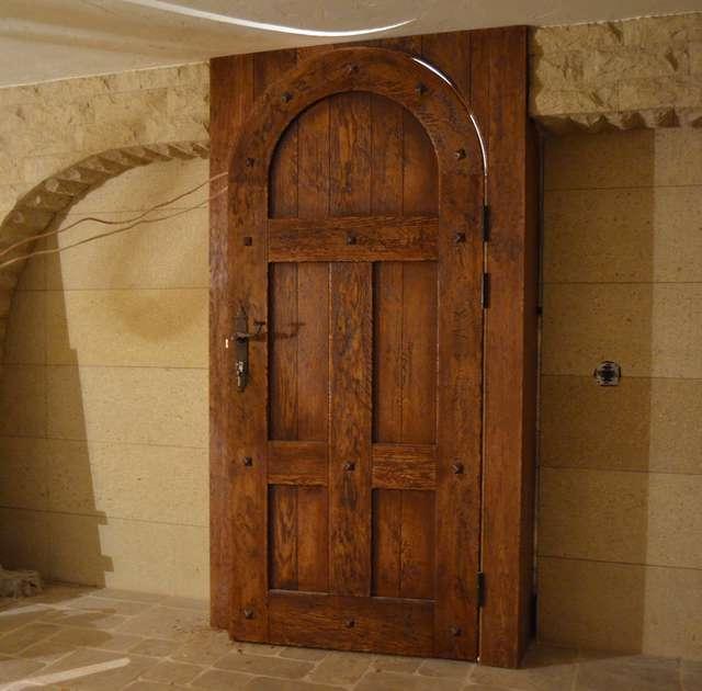 входные двери состаренные дуб